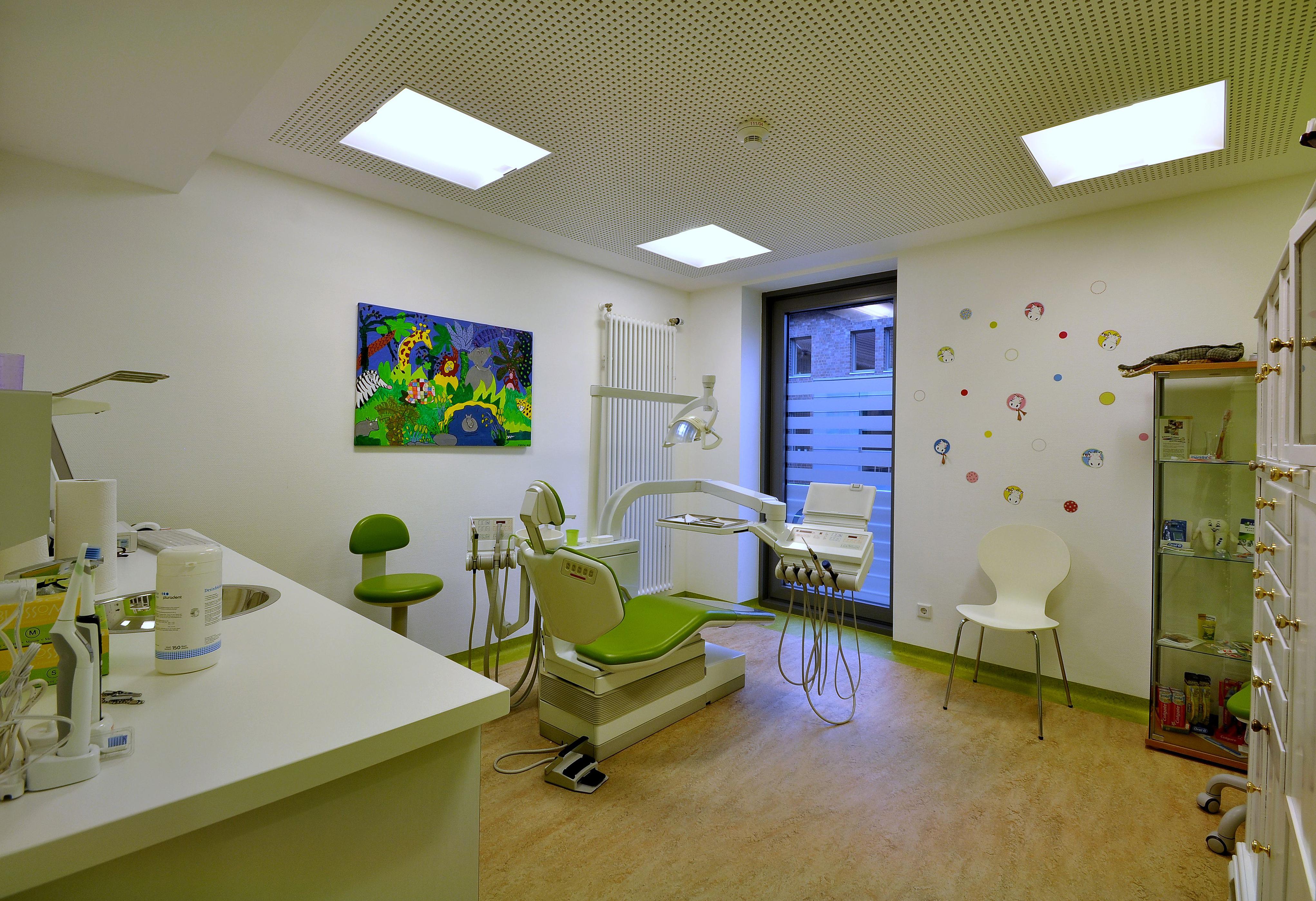 Zahnarzt Dr. Diete Praxis Prophylaxeraum